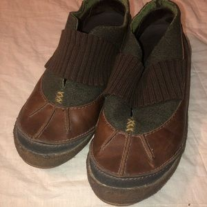 MERRELL Size 9 Womans Shoes Green & Brown